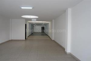 Arriendo de Local Comercial en SANTA BARBARA OCCIDENTAL, Bogotá D.C. con  Estrato 5