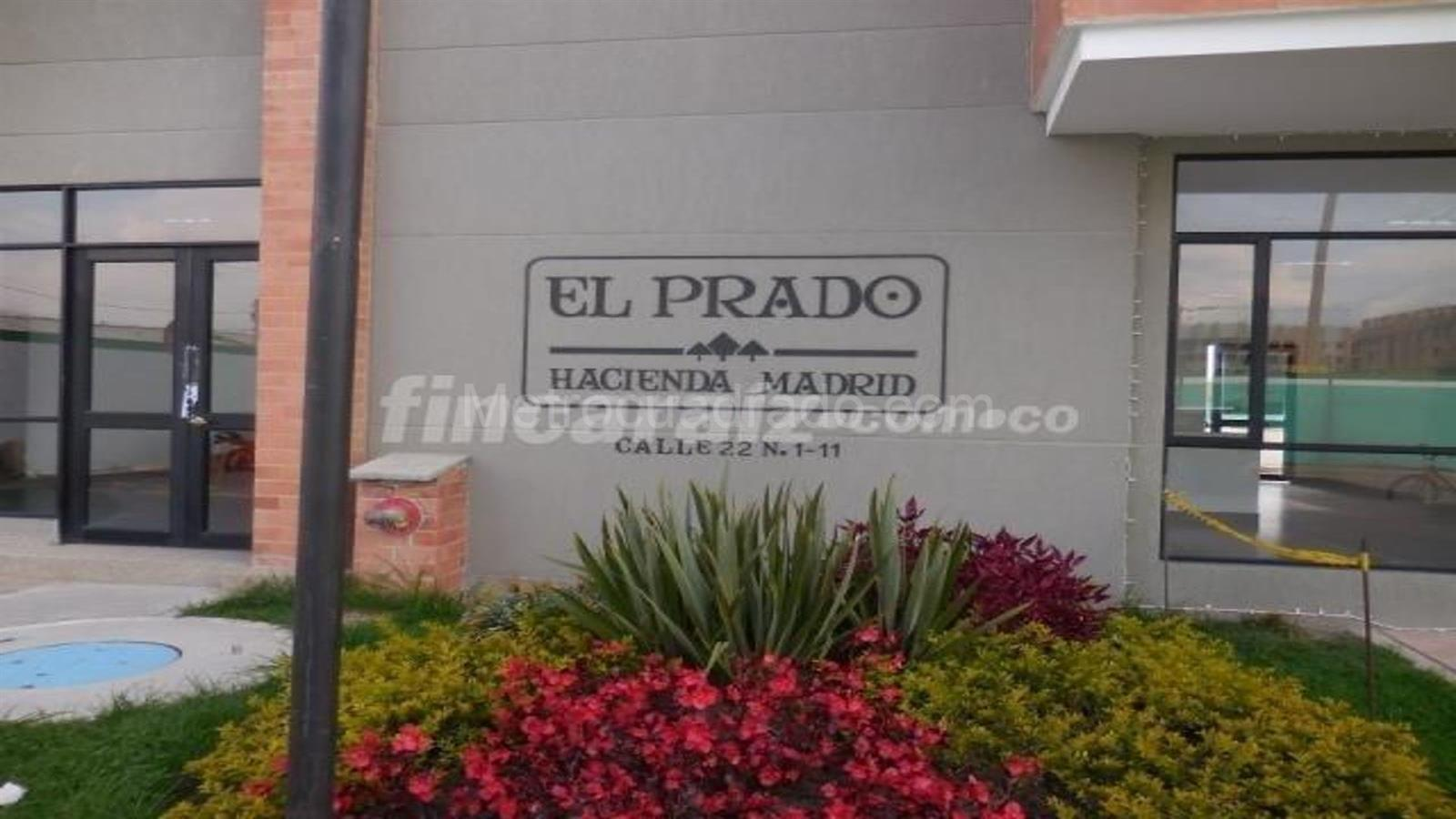 Venta de apartamento en hacienda madrid madrid mc1689302 for Oficina hacienda madrid